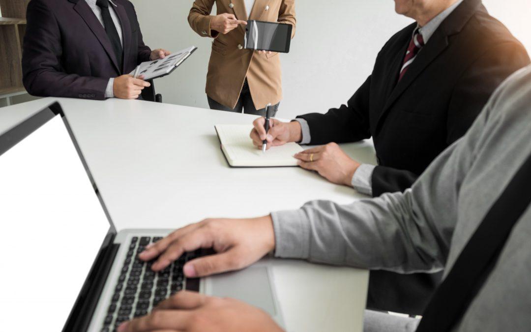Cómo crear un programa efectivo de capacitación para la compañía